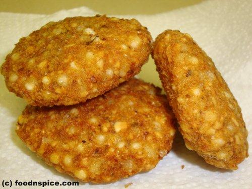 Sabudana Vada (Tapioca Fritters)
